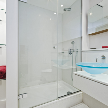 frameless shower screens display image